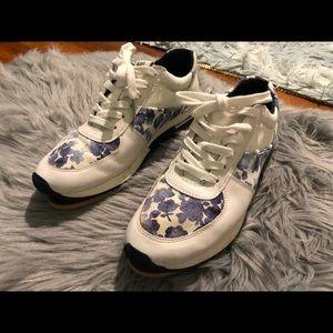 Michael Kors Sneakers Size 8